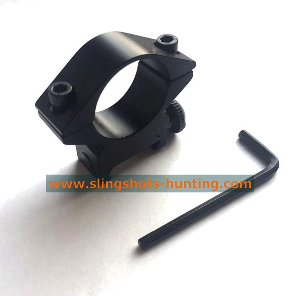 Slingshot Flashlight Clip For Night Hunting - Click Image to Close
